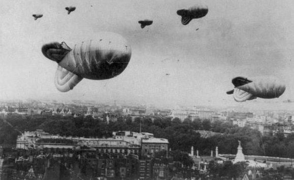 Аэростаты Mk-VII на подступах к Лондону