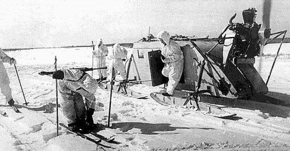 Высадка десанта транспортными аэросанями НКЛ-16/41