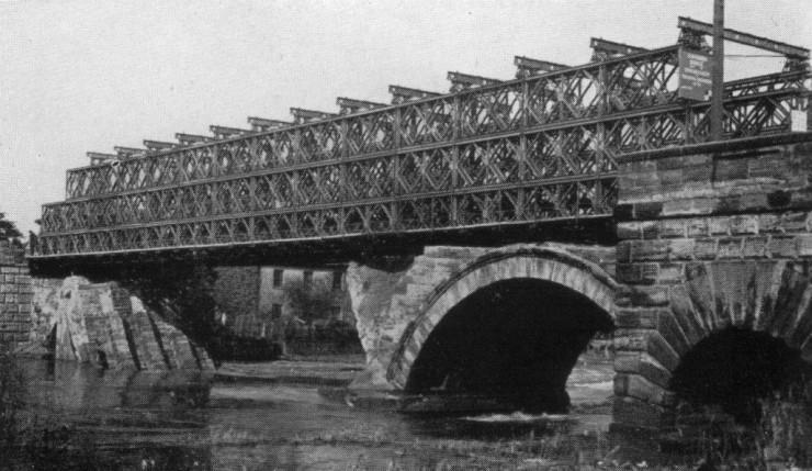 Трехэтажный мост Bailey