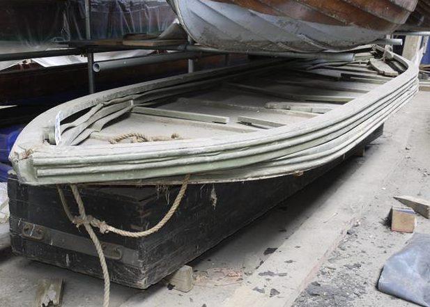 Брезентовая лодка Goatley в транспортном положении