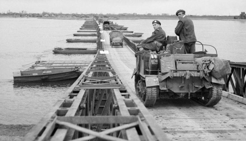 Мост на алюминиевых понтонах