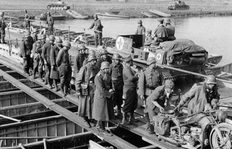 Понтонный мост Brueckengeraet C