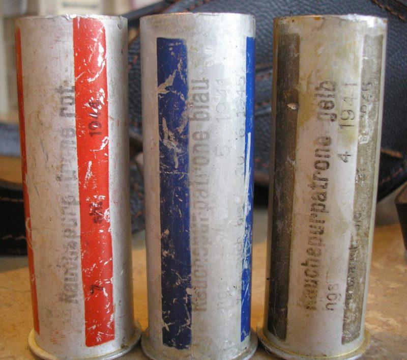 Фронтовой набор 26,5 мм пиропатронов в наплечной сумке