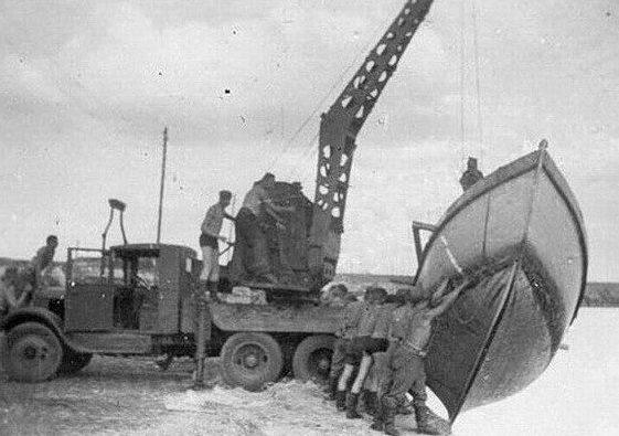 Автокран Январец-1 (АКМ) на службе Вермахта