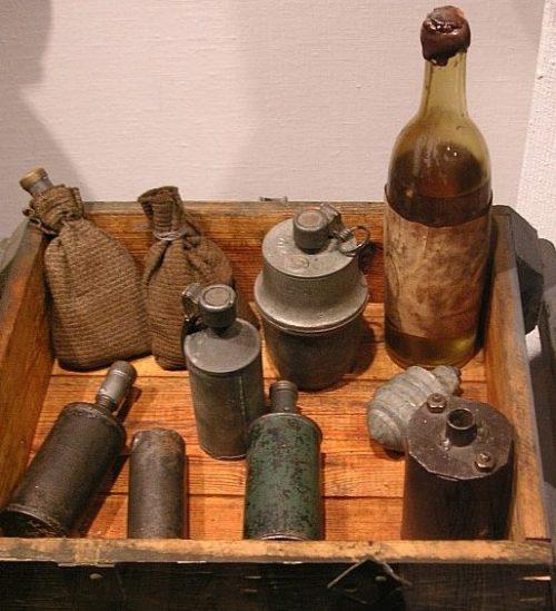 Бутылка с зажигательной смесью, используемая повстанцами в Варшаве