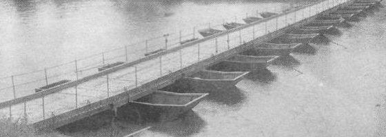 Понтонный мост из парка ДЛП
