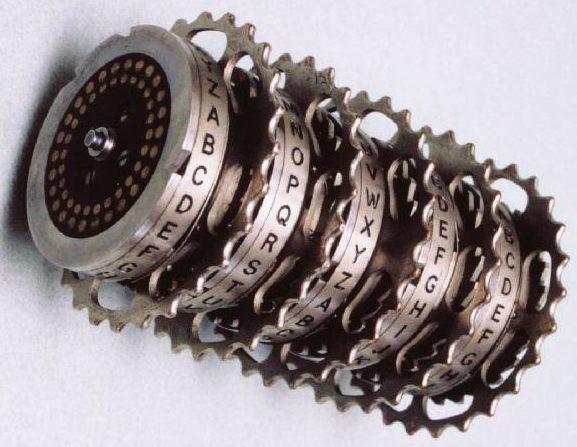 Вал с роторами шифровальной машины Typex