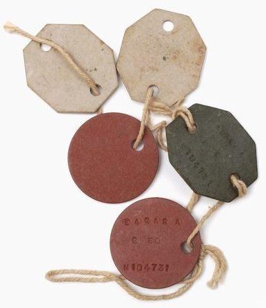 Фибровые жетоны Первой мировой войны.