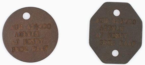 Канадские жетоны, выпущенные для австралийских пилотов.