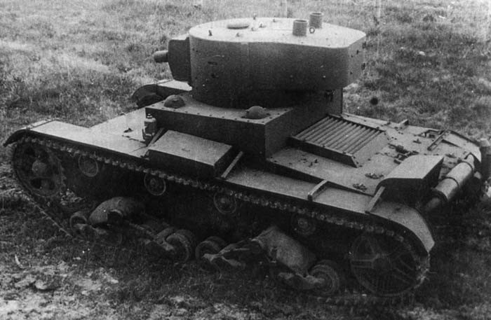 Легкий огнеметный танк ОТ-133 (ХТ-133)