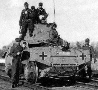 Средний бронеавтомобиль AMD 35 (Panhard 178) переоборудованный Вермахтом в бронедрезину