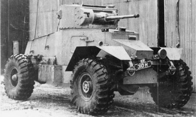 Тяжелый бронеавтомобиль Armoured Car AEC. Mk-I