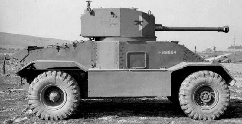Тяжелый бронеавтомобиль Armoured Car AEC. Mk-III