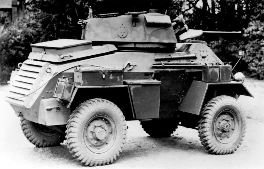 Средний бронеавтомобиль Fox Armoured Car