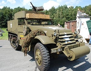 полугусеничный бронетранспортер Half-Track Personnel Carrier M-3