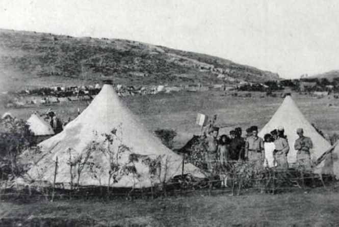 Палатки женского полевого батальона