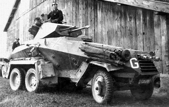 средний бронеавтомобиль Sd.Kfz.231 (6-Rad).