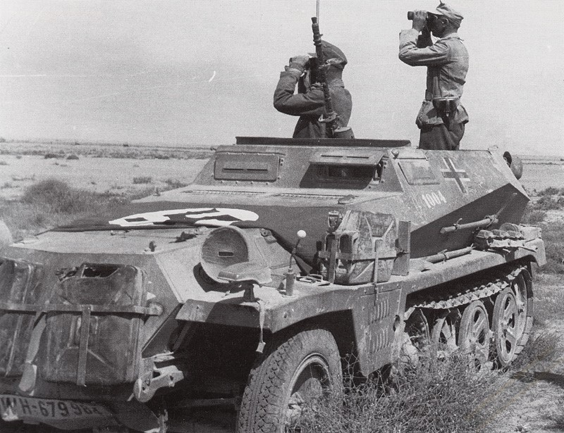 Полугусеничный бронетранспортер. SdKfz 250/1.