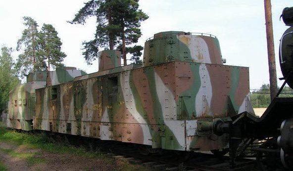 Бронеплощадки бронепоезда
