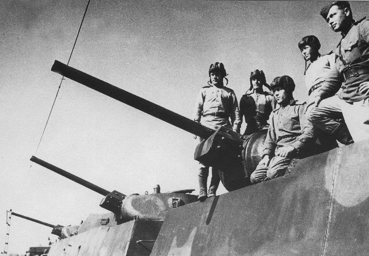 крытые артиллерийские бронеплощадки