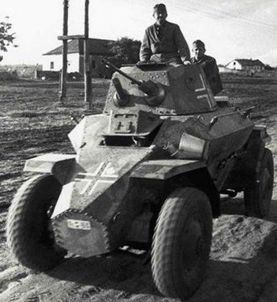Средний бронеавтомобиль Csаba 39-M