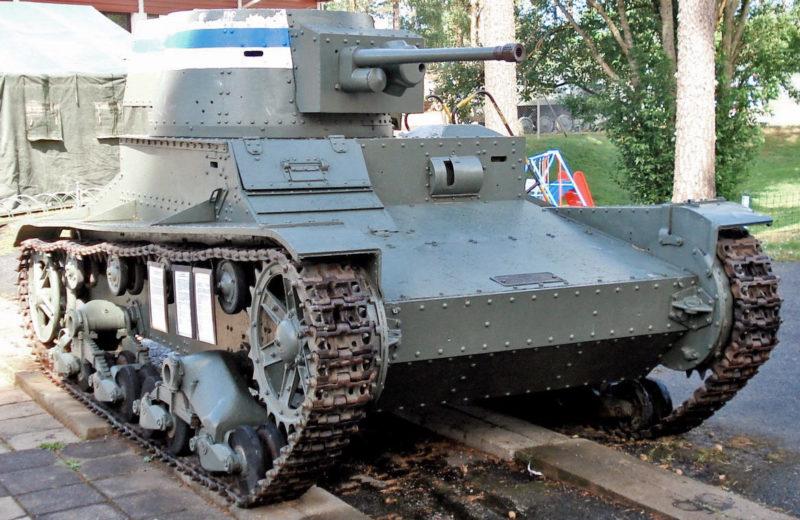 Финский однобашенный вариант танка Vickers Mk-E с 37-мм пушкой Bofors