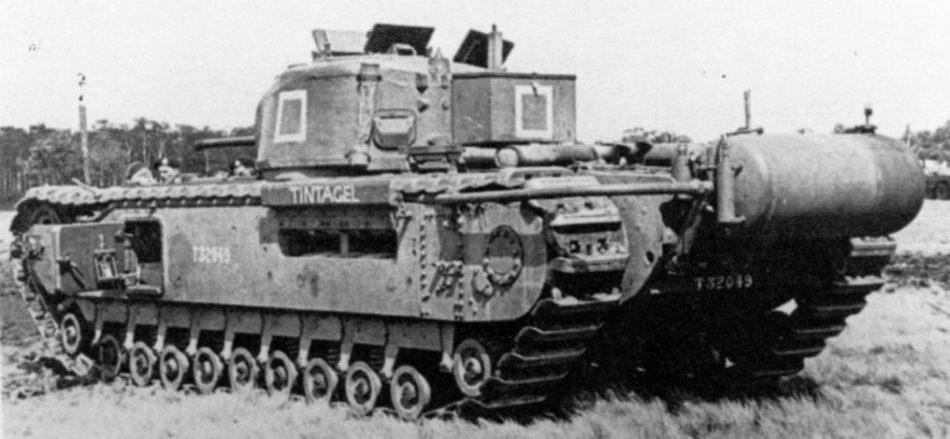 Огнеметный танк  «Churchill Oak»