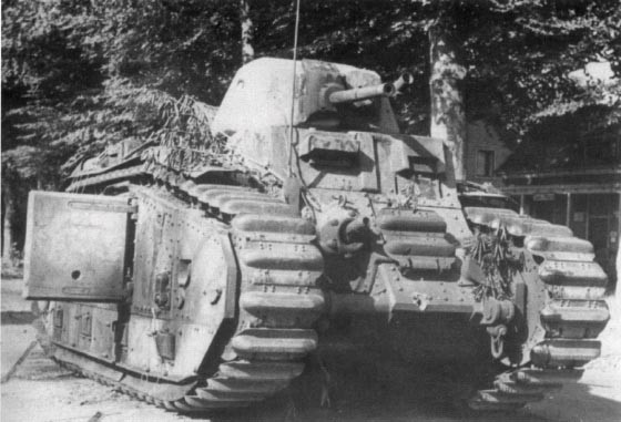 Nos chars Lourds B1-B1bis aux mains des Allemands. Flamm