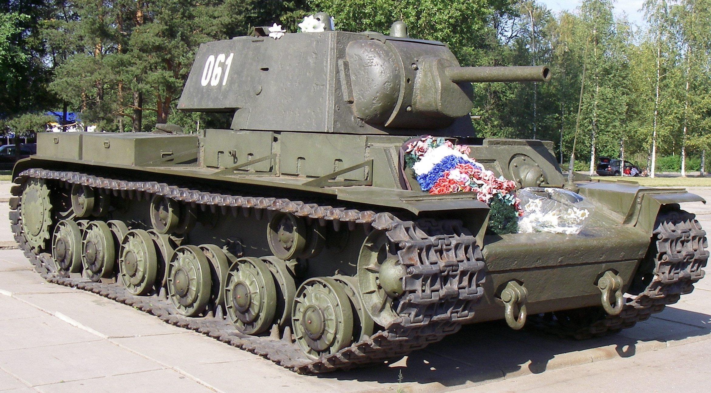тяжелый танк КВ-1 образца 1941 г.