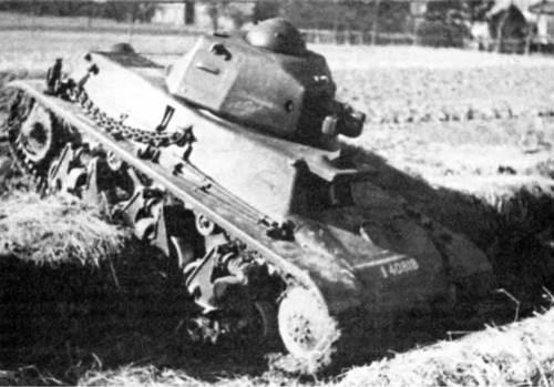 легкий танк Hotchkiss Н-38