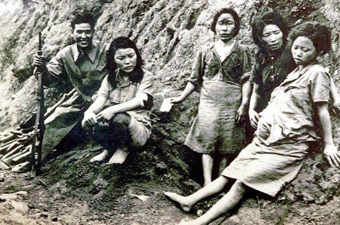 Японский солдат и «женщины утешения»