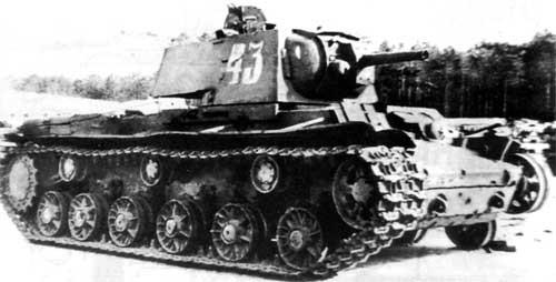 Тяжелый огнеметный танк КВ-8