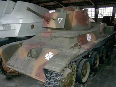 Легкий танк 38-M Toldi с 20-мм пушкой