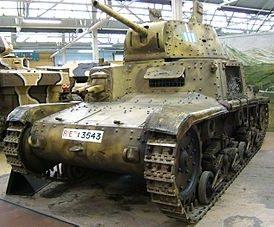 Легкий танк M-13/40