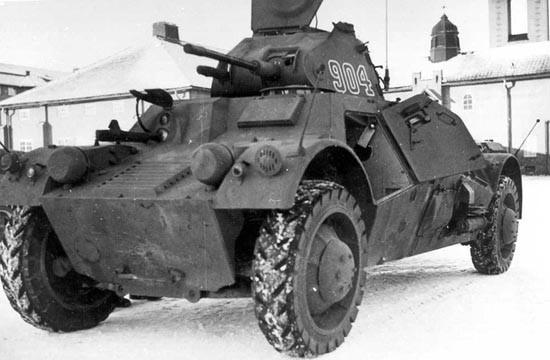 Средний бронеавтомобиль Pbil m/40