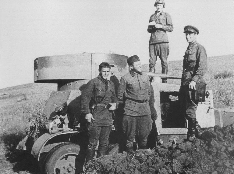Средний бронеавтомобиль БА-6.
