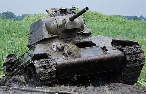 Средний танк Т-34 образца 1940 г. с 76-мм