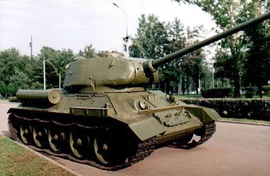 Средний Танк Т-34-85 с пушкой Д-5Т