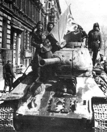 Средний танк Т-34-85 с пушкой С-53