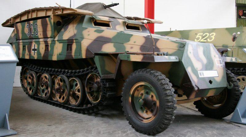 Бронетранспортер Sd.Kfz. 251/7 «Pionierpanzerwagen»