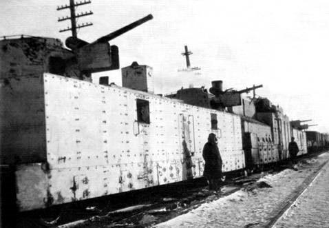 Легкая артиллерийская бронеплощадка ПЛ-37 на бронепоезде № 13 «Тульский рабочий»