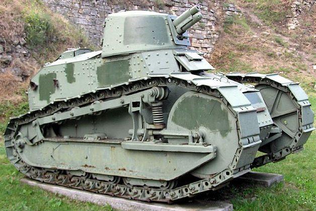 легкий танк Renault FT-18