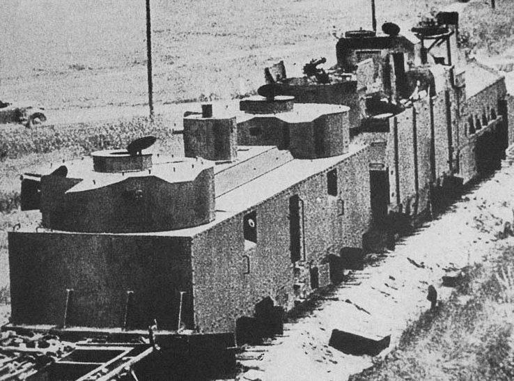 Легкая артиллерийская бронеплощадка ПЛ-35 бронепоезд 50 типа БП-35 6-го дивизиона бронепоездов