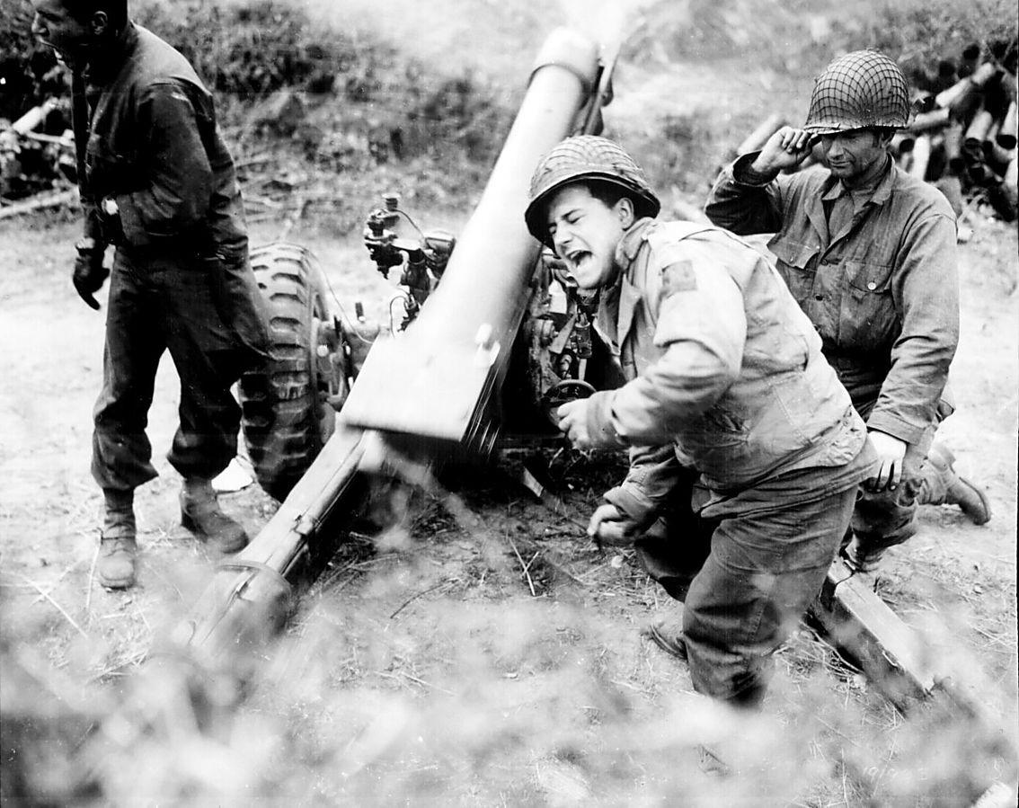 Гаубица M-3  105-mm Howitzer