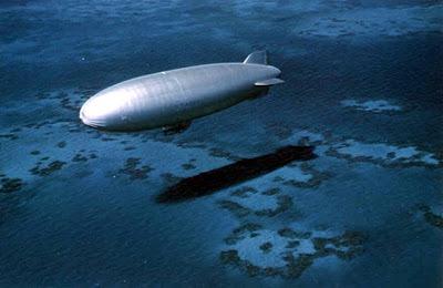 Дирижабль на патрулировании морской зоны