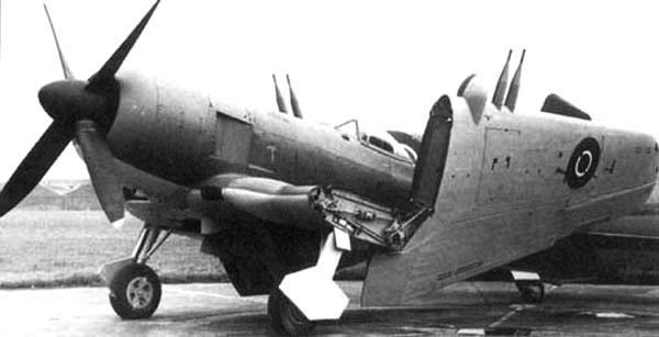 Палубный истребитель Blackburn Firebrand TF-III
