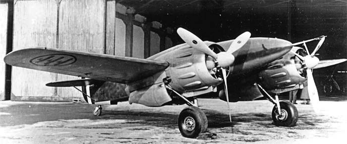 Истребитель  Ro.57