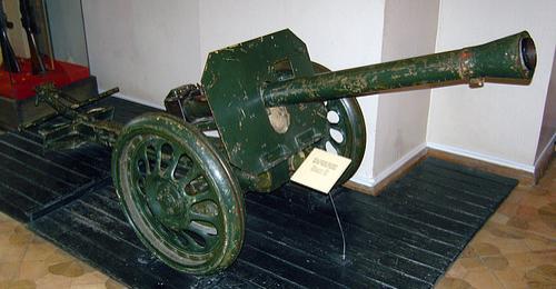 Станковый гранатомет Puppchen на колесном ходу