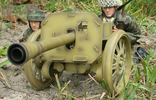 Станковый гранатомет Puppchen в боевом положении