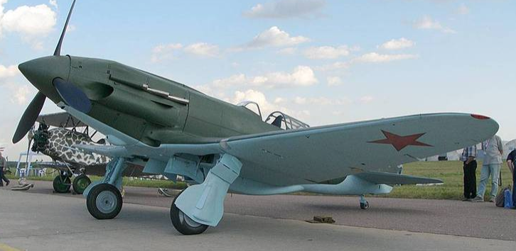 Истребитель МиГ-1 (И-200)